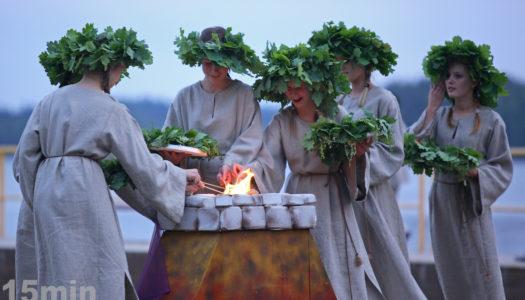 Joninės. Der 24. Juni ist in Litauen ein Feiertag.